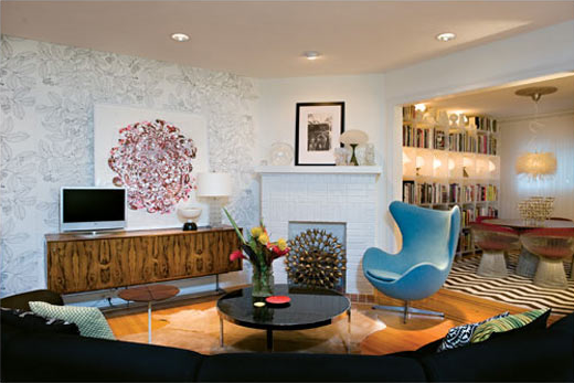 vintage rosewood console and large art in sitting room image via BaltimoreStyleMag
