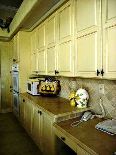 Decorative Painting Cabinets After