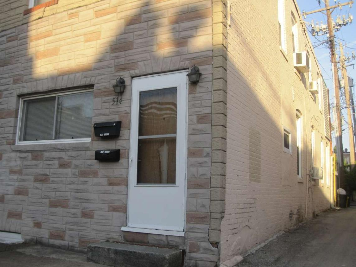 Formstone on a Baltimore Rowhome