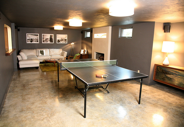 Exceptionnel Concrete Flooring Ping Pong Table Room