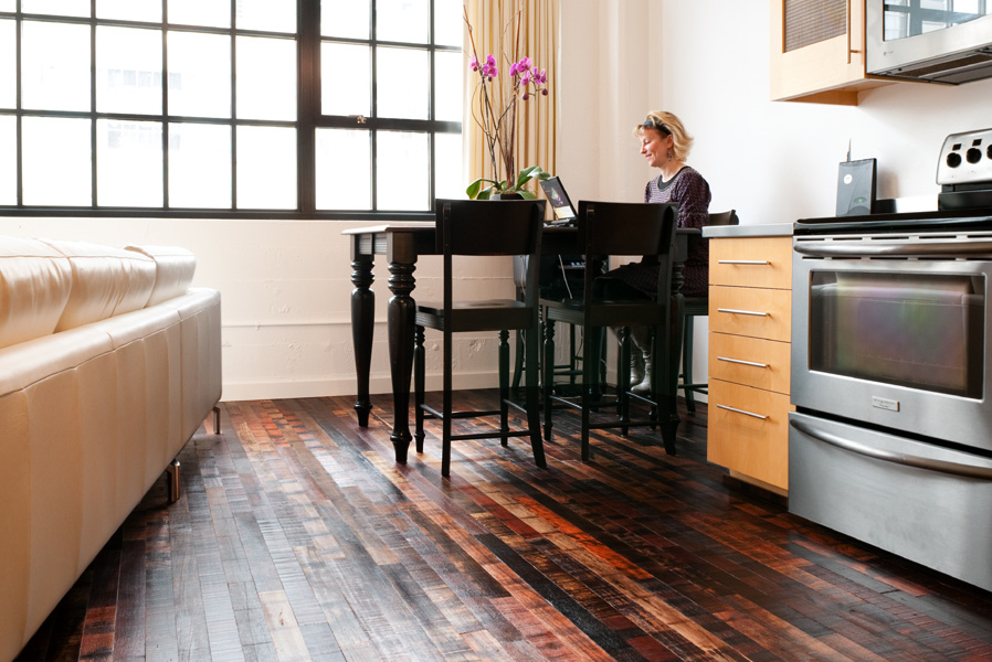 The Pros And Cons Of Reclaimed Wood Building Moxie