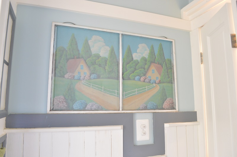painted screen in powder room